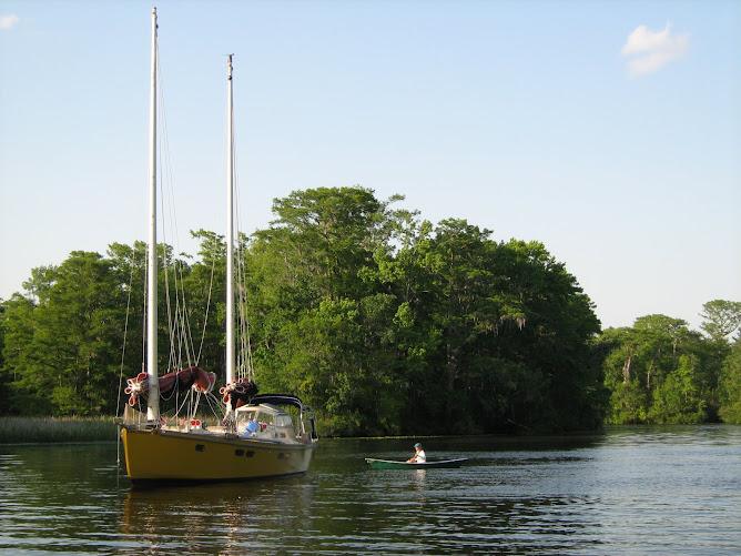 Debbie in Rheannon's canoe, Calamae.