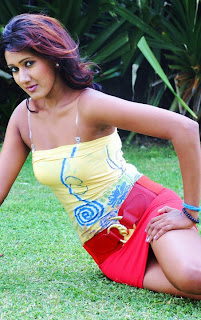 Srilankan Tall and Slender Model Chami Jayawardena