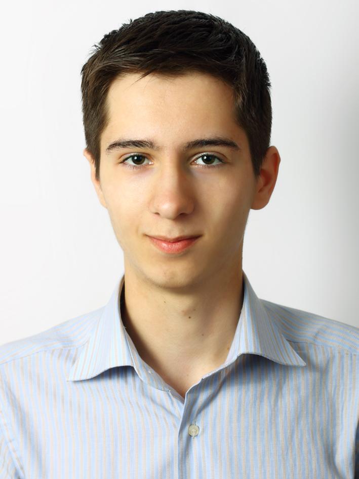 Николаев Игорь