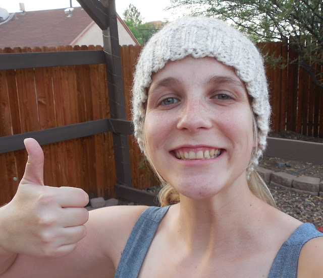 capucine hat thumbs up!