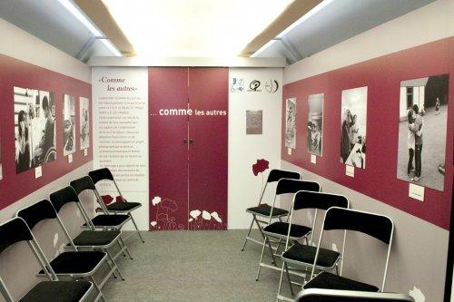 objectif image le blog photo le train de l 39 emploi. Black Bedroom Furniture Sets. Home Design Ideas