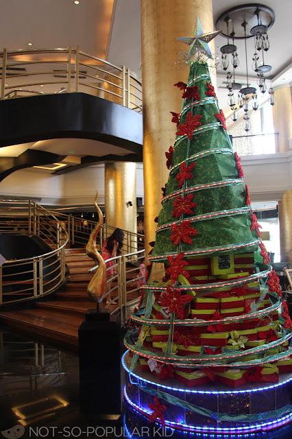 Christmas Tree made of Cupcake Boxes