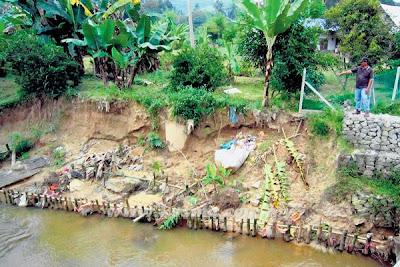 Hakisan, ancam, rumah, Rembau, Penduduk, Kampung Bemban, Sungai emban, Malaysia
