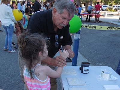 Fingerprint Dusting Demonstration, August 4, National  Night Out, © B. Radisavljevic