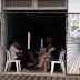 Adolescente de 16 anos morre após cair de carro em movimento na Bahia