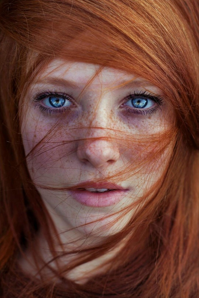 Portraits Red-Haired women