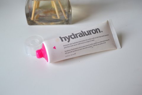 Hydraluron Moisture Boosting Facial Serum