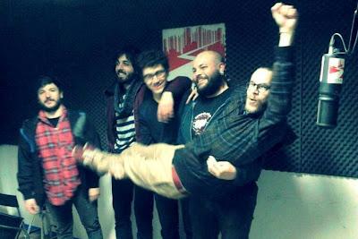 New Adventures In Lo-Fi live @ polaroid alla radio - Radio Città del Capo, Bologna, 2014/04/28