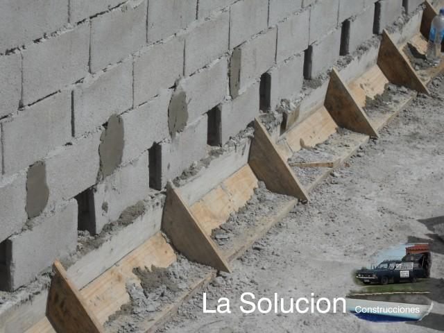 Lasolucion piscinas registros de limpieza del cofre for Construccion de piscinas en uruguay