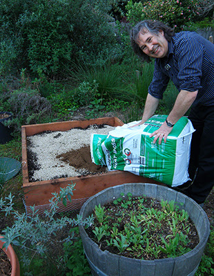 Bruce Filling Raised Bed with Soil Components