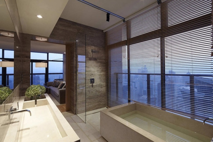 Luxury bathroom in Modern apartment in Shenzhen by Kokai Studio