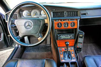 mercedes 190 amg interior