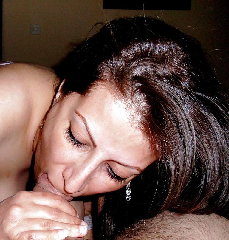 Iranian Girl Sucking Dick