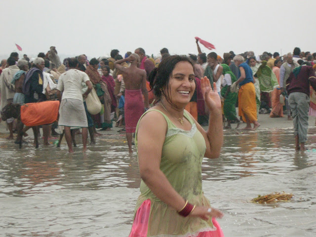 seashore wet aunty smile and frent look