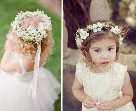 Floral crowns, coroncine di fiori, acconciature per le damigelle