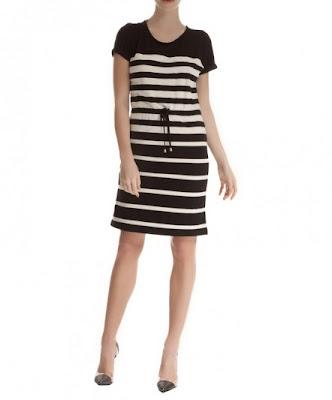 koton çizgili siyah beyaz elbise, kemerli rahat kesim, ensek kumaş, kısa elbise