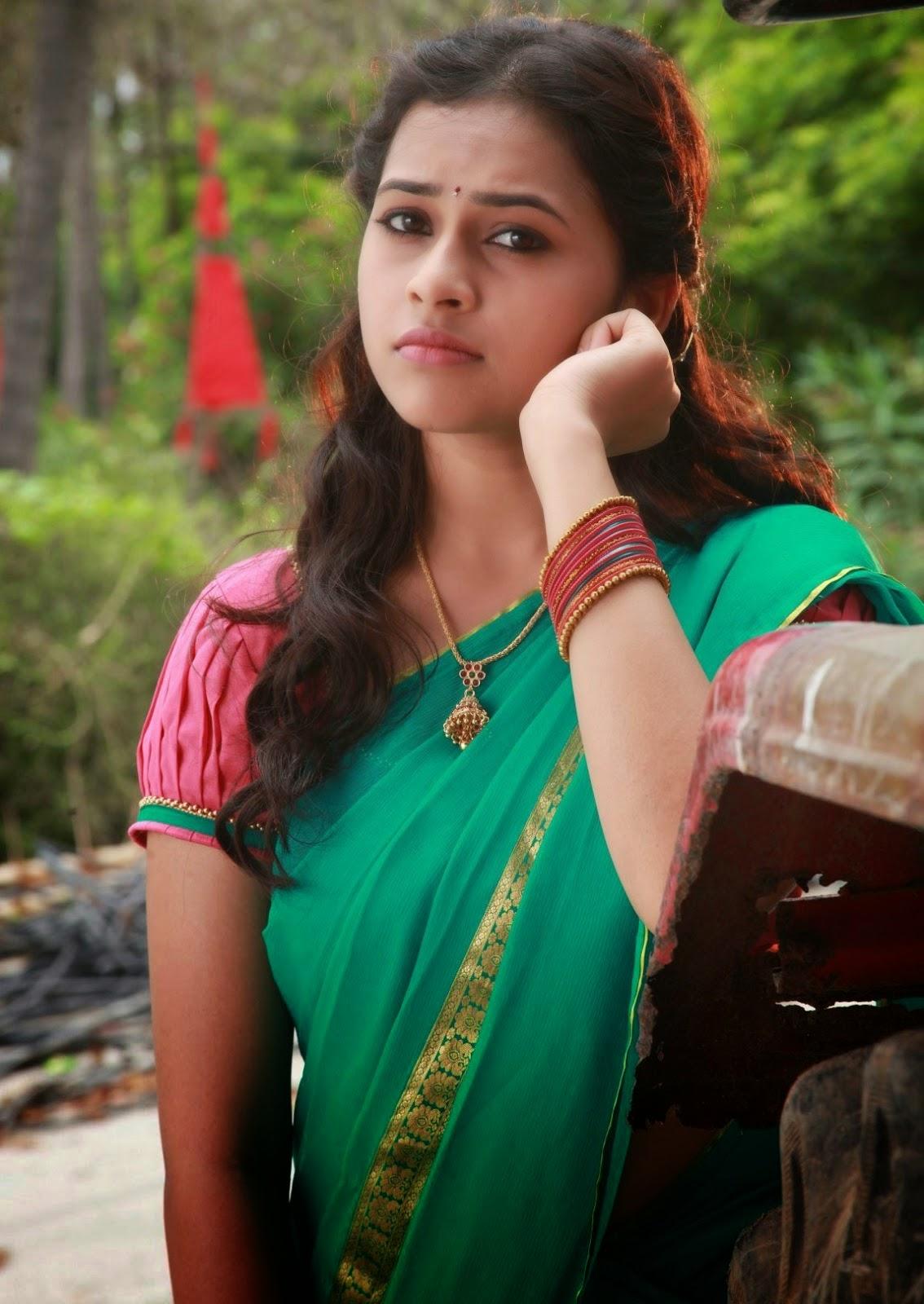 Actress Sridivya Latest Stills In Vellakaradurai Movie