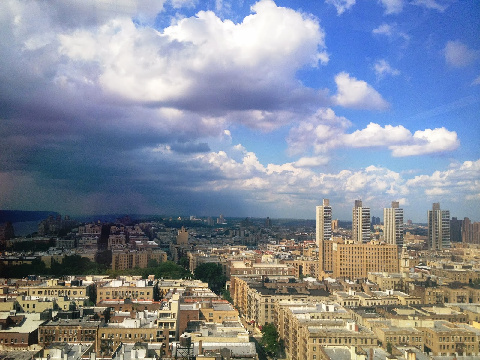new york city skyline, nyc skyline, washington heights, hudson heights, hudson river, nyc, beautiful clouds, dark clouds approaching