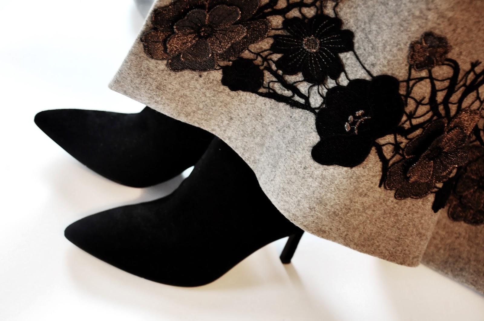 черные замшевые сапоги