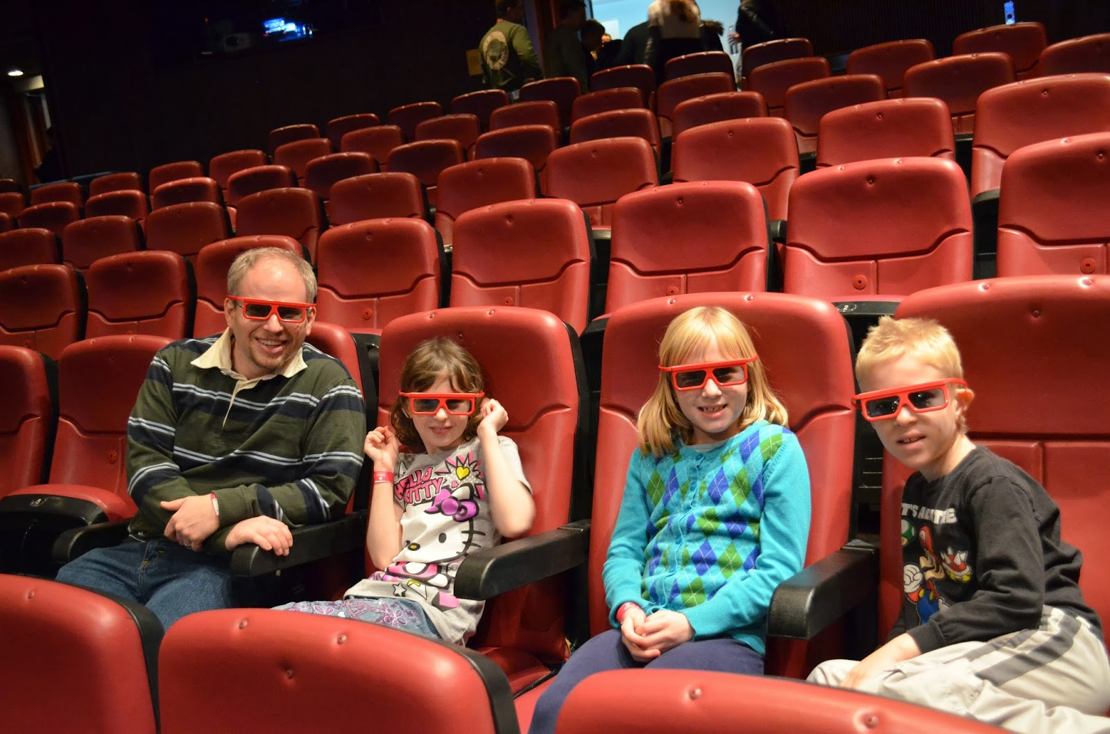 Catching a 4-D Movie at the Shedd Aquarium in Chicago