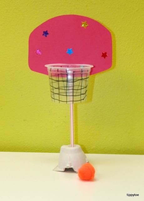 Tippytoe crafts mini basketball hoop for Basketball craft party ideas