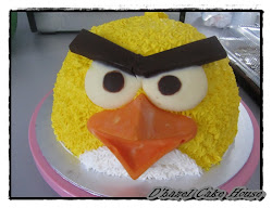 New-Angry bird cake