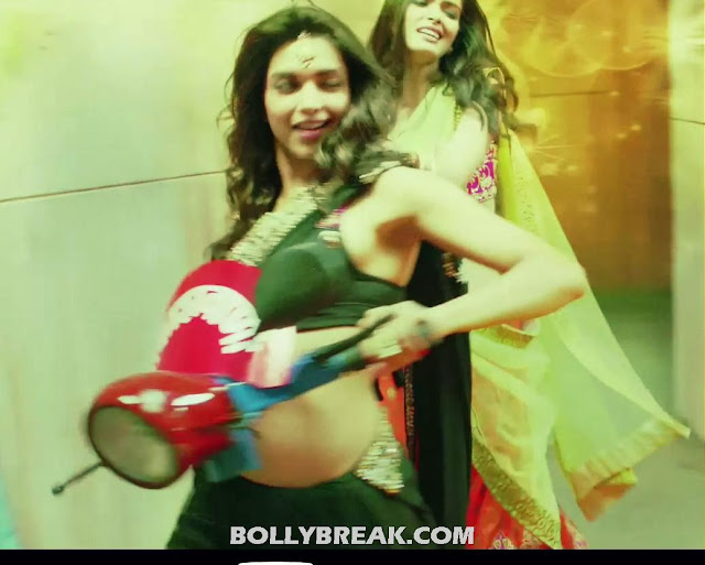 Deepika Padukone Navel Pics - Cocktail Second Hand Jawani song black Saree