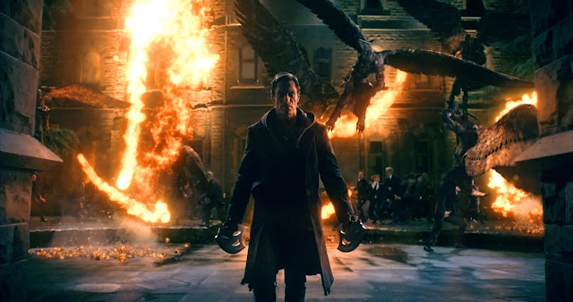 I, Frankenstein movie still - aaron eckhart