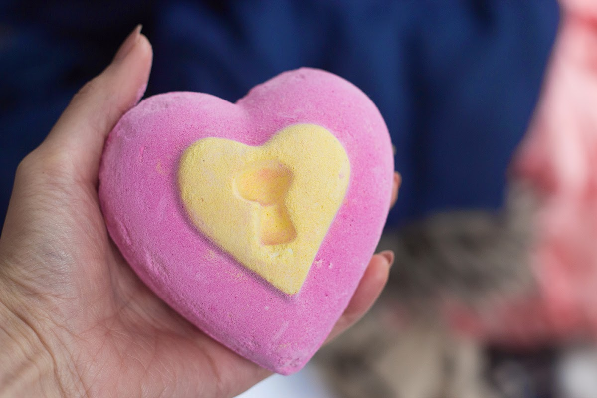 lush love locket review