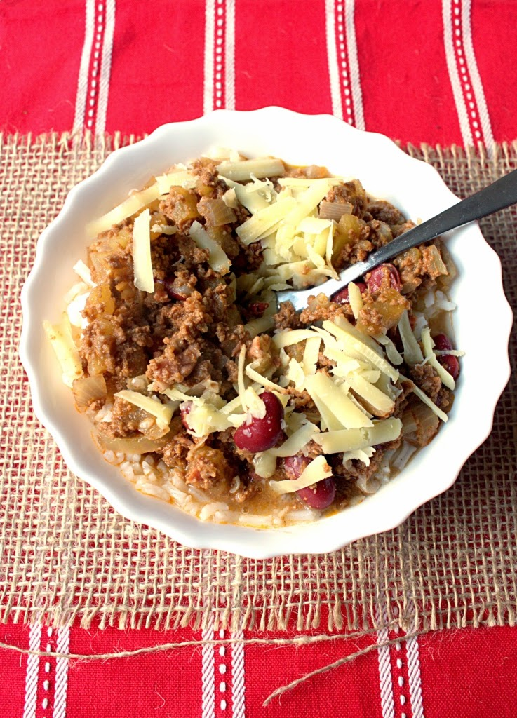 Slow Cooker Apple Pie Chilli - apples instead of tomatoes make this warming spiced dish extra delicious