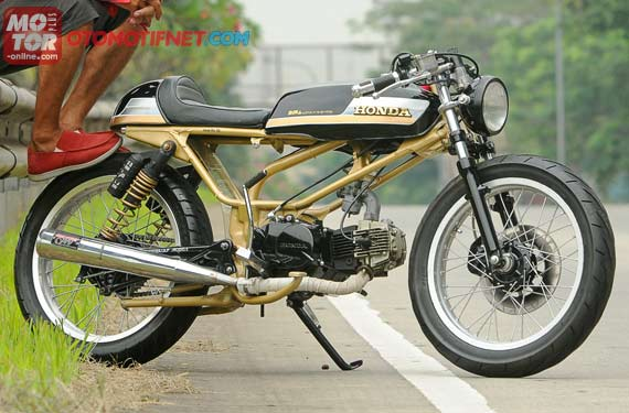 modifikasi honda win ala cafe racer title=