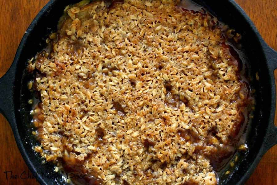Skillet Apple Pear Crisp | The Chef Next Door #apple #crisp #dessert