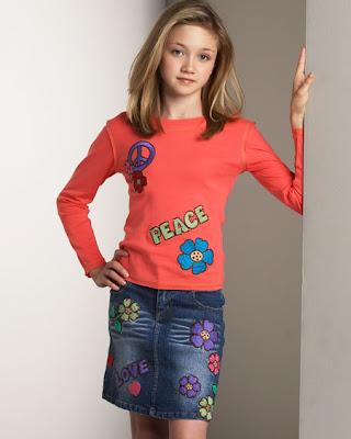 http://3.bp.blogspot.com/-hmvmTop0dJQ/TloQgtE1_SI/AAAAAAAAAd8/7Vf6afcdZ3A/s400/Kids+Fashion+%25281%2529.jpg
