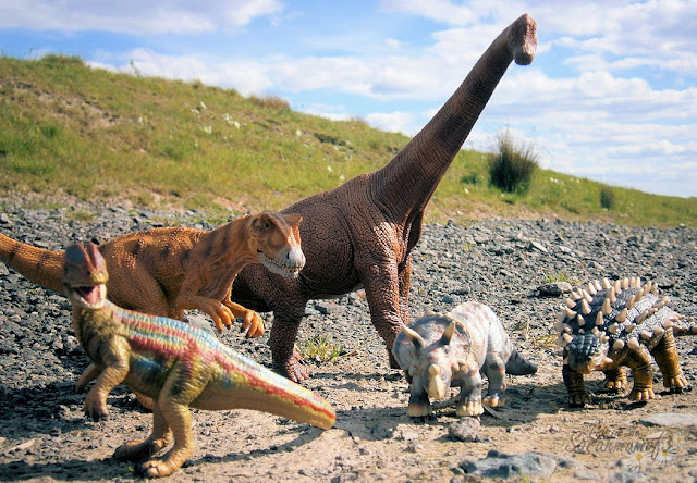 group of dinosaurs together toys realistic photo spoff