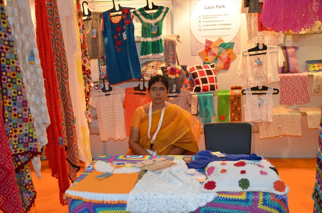 Buyers Keep Pouring In As Ihgf Delhi Fair 2015 Enters Third Day