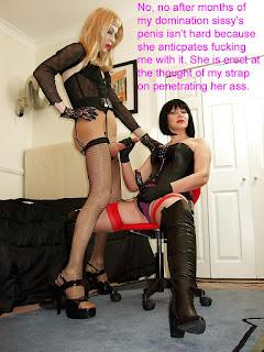 Casual Bottomless Girls - sexygirl-1299682521_copy-749975.jpg