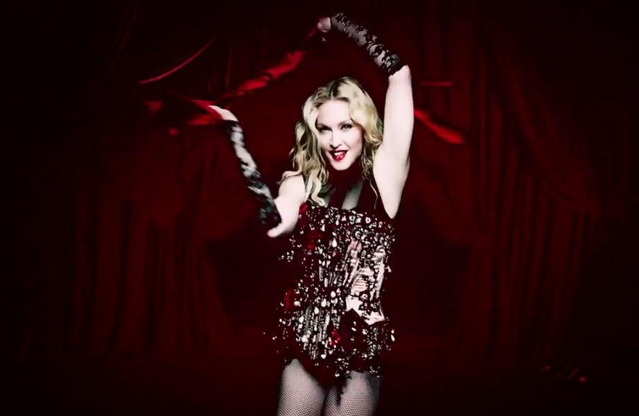"""Madonna apresenta no Grammy 2015 o lançamento de """"Living for Love"""""""