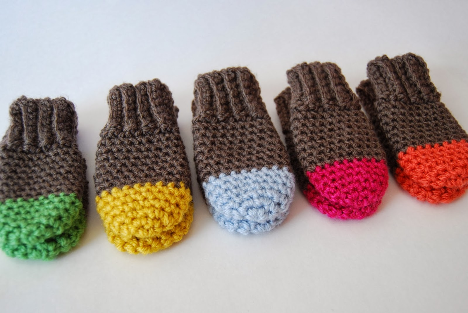 Free Crochet Pattern For Thumbless Mittens : tangled happy: Two Tone Baby Mittens Crochet Pattern {Baby ...