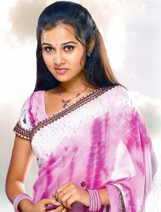 Nisha Kothari Hot Images
