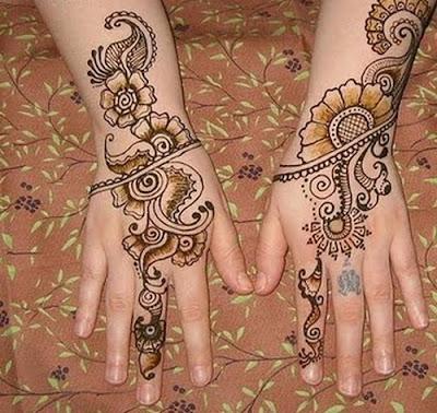 Faire son propre tatouage au henné Miss Vay