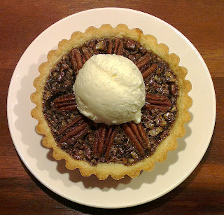 http://klidmoster.dk/2013/11/maple-bacon-pecan-pie.html