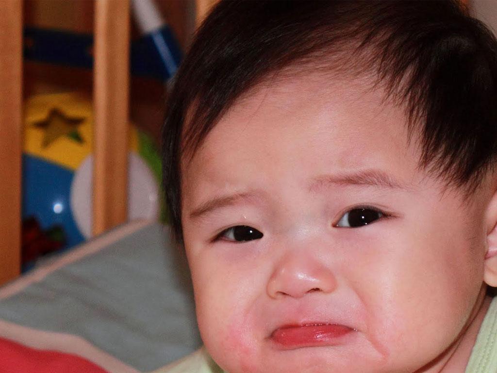 dengan gambar bayi sedih ini dia kumpulan gambar bayi sedang sedih