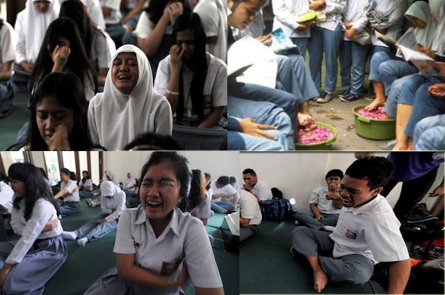 siswa sma frustasi menghadapi Ujian Nasional dan Mahasiswa Universitas Terbuka