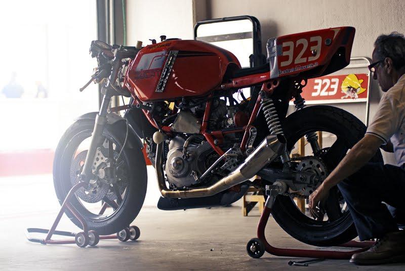 Ducati Deux soupapes - Page 7 Streetrackerendurance13