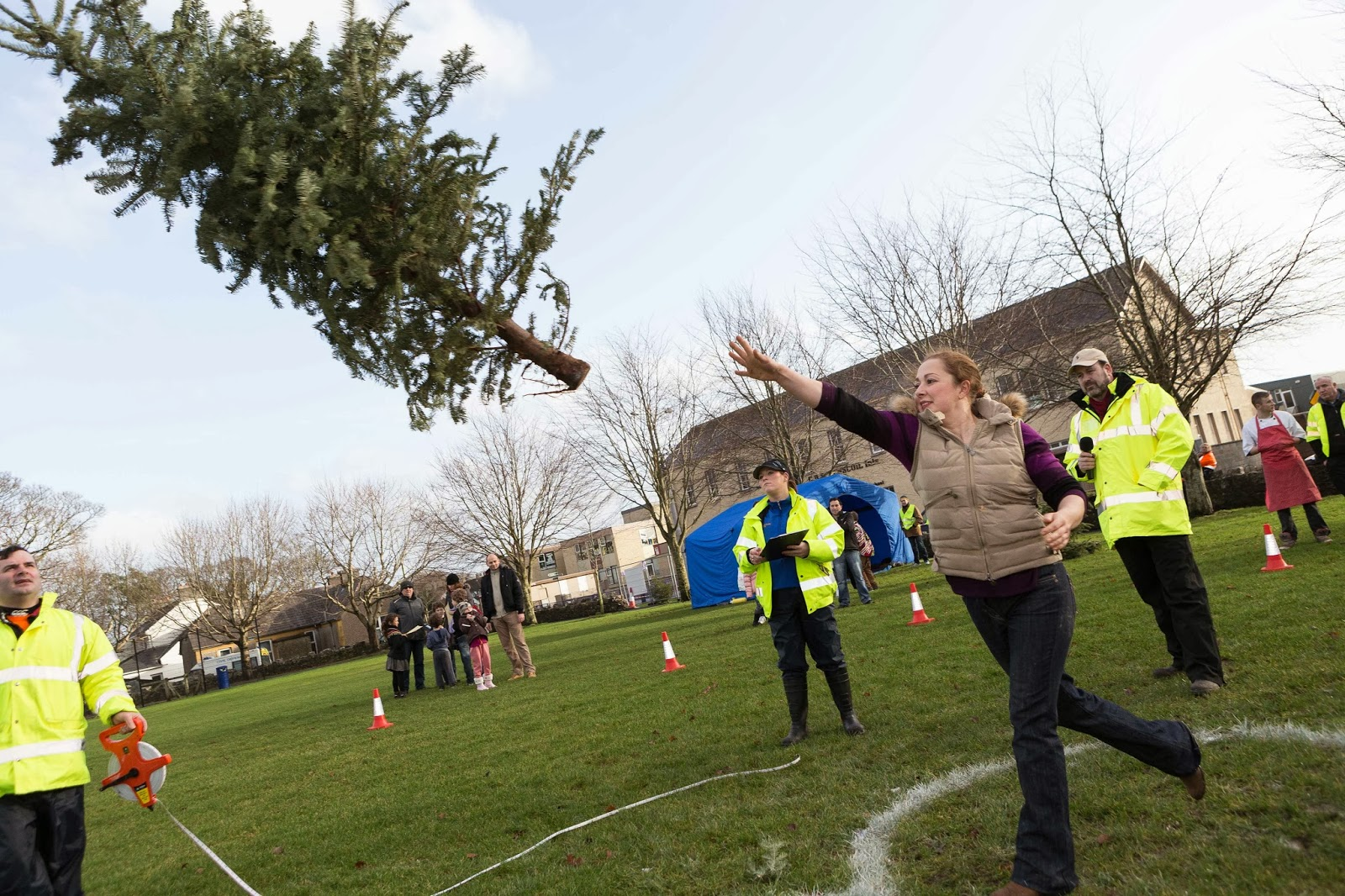 Irish record equalled at Christmas Tree Throwing Championship