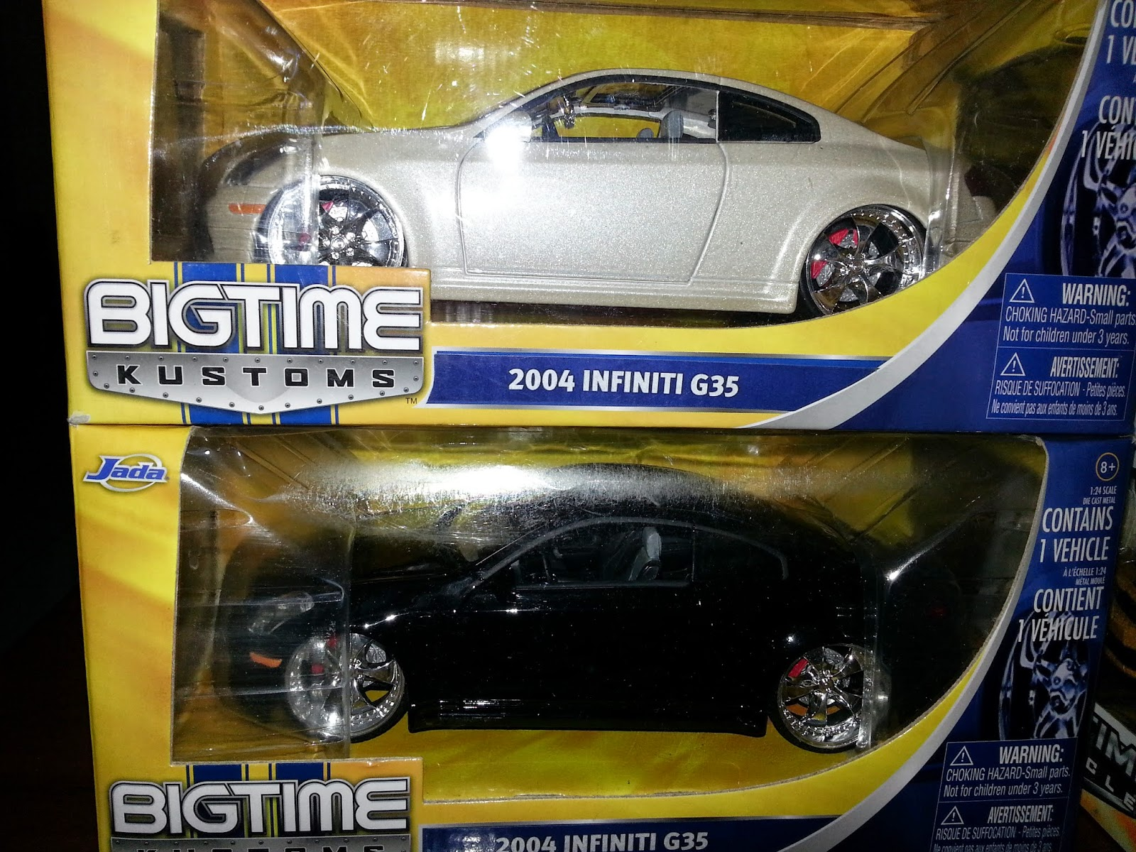 BIG TIME KUSTOMS 2004 INFINITI G35 BLACK/WHITE