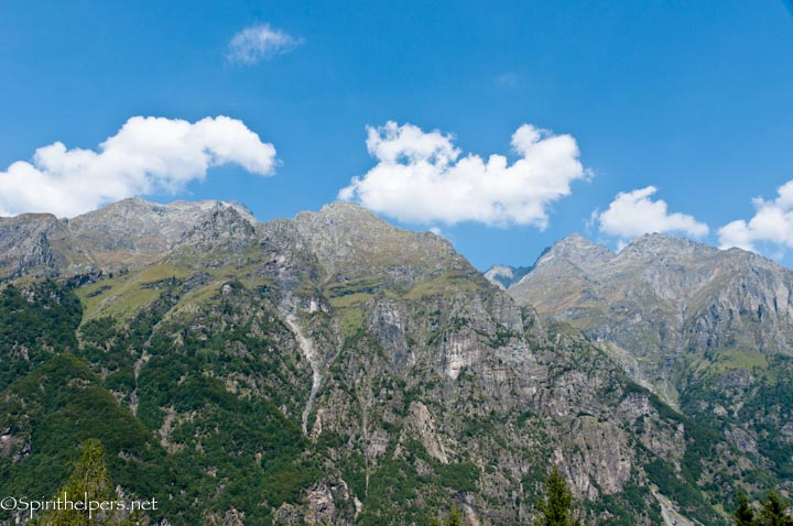 Mountain Range Between And Italy 28 Images Highlight Italy Top To Bottom In One Day A Year
