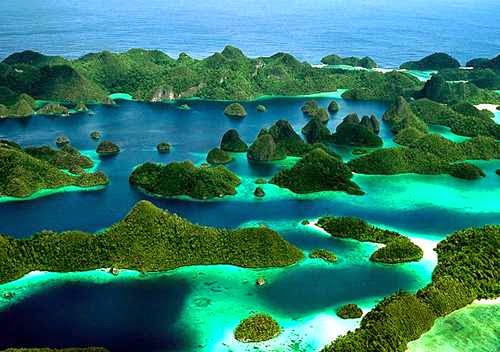 Raja Ampat - tempat wisata di papua yang eksotis