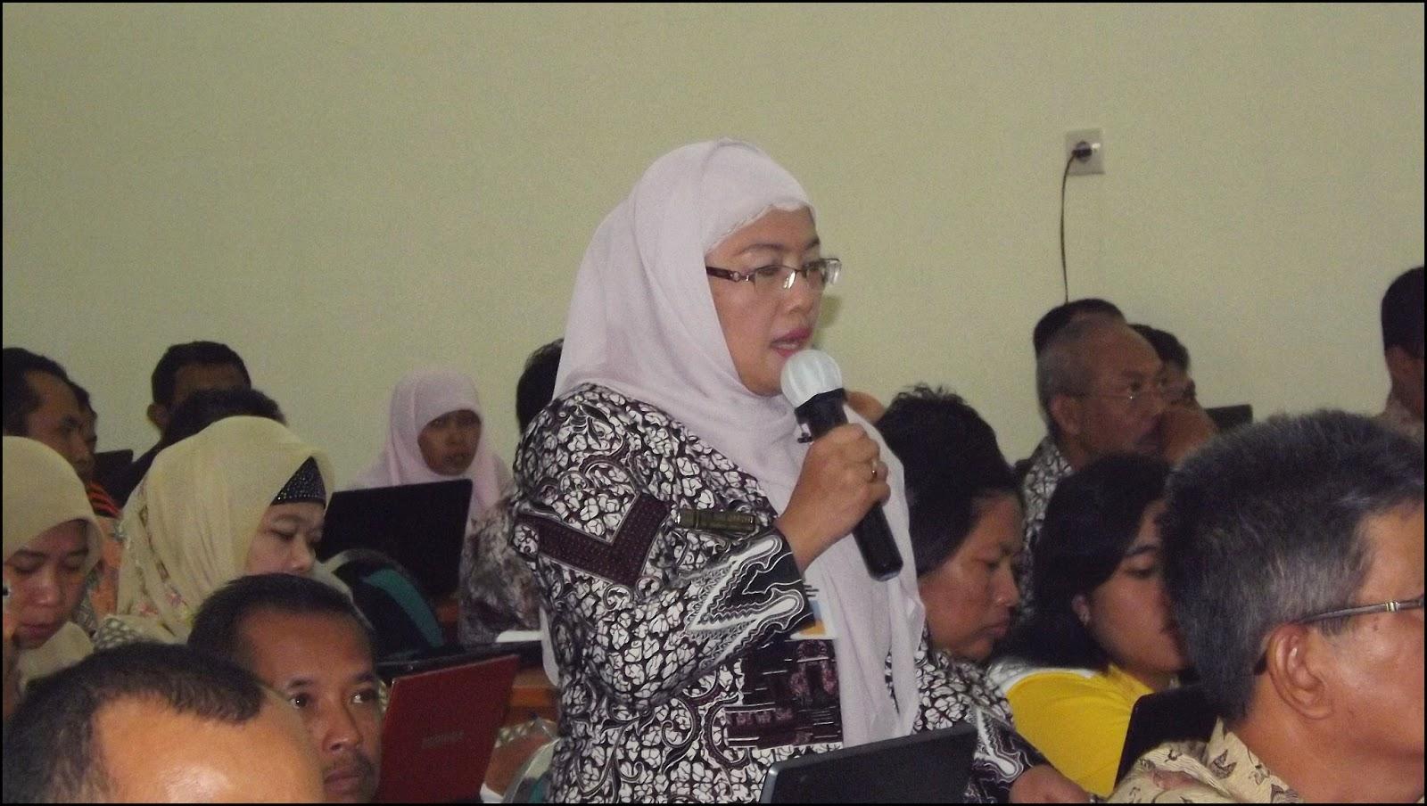 Pelatihan Aplikasi Pendataan (DAPODIK) Operator SMP Negeri Sekabupaten