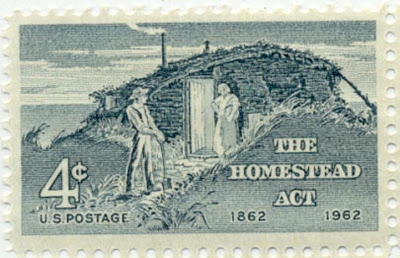 homestead act 1862 Congress passed and president abraham lincoln signed the homestead act on may 20, 1862 the act encouraged western expansion by awarding settlers 160 acres of land in exchange for a small filing fee.